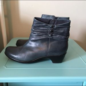 Clarks Women's Blue Ankle Booties - Size 10M