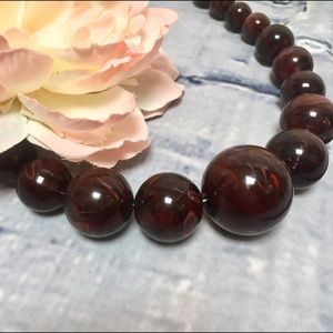 Jewelry - Brown and Burgundy Swirl Beaded Necklace