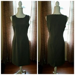 Chadwicks Dresses & Skirts - Chadwicks Grey Sleeveless Dress