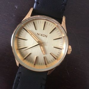 Nixon Accessories - Authenticity Nixon watch