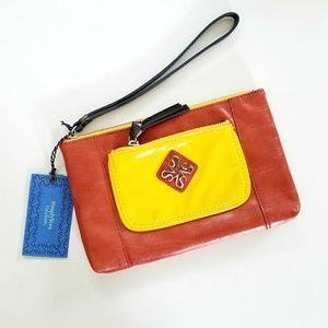 Vera Wang Handbags - ❤SIMPLYVERA VERA WANG❤