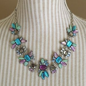Jewelry - NWOT Gorgeous Statement Necklace