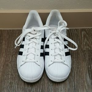 Adidas Shoes - Adidas white original superstar sneakers
