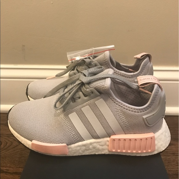 bae8ff9232bb6 Brand New Adidas NMD R1 Women Vapour Grey Pink
