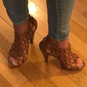 Apple Bottoms Shoes - apple bottoms sz 9 brown chunk studded sandal