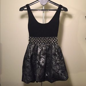 do & be Dresses & Skirts - Black and silver party dress.