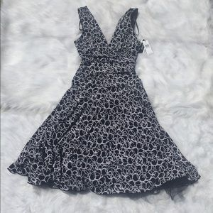 A. Byer Dresses & Skirts - Black & White Halter Stretchy Dress!