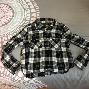 Cropped flannel shirt