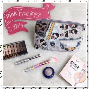 Harajuku Lovers Handbags - NWT Harajuku Doodle Girls Bag & Makeup Bundle