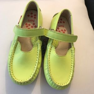 Umi Other - Umi lime green shoes 🍋