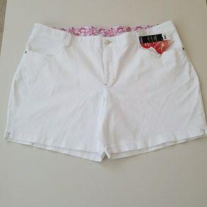 Lee Pants - NET Sexy Comfy Crisp White Denim Shorts
