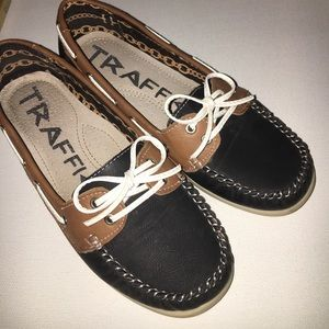 Traffic Shoes - Traffic Woman's Boat Shoes