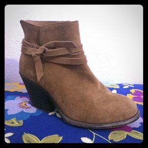 """Sole Society """"Maren"""" Suede Leather Tan Booties 6.5"""