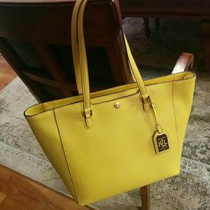Ralph Lauren Handbags - 🆕Ralph Lauren Newbury leather tote