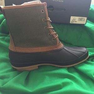 Tommy Hilfiger Other - TOMMY Hilfiger dark gray size 10M boots