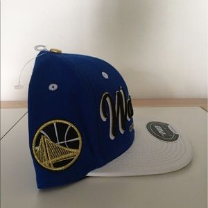 fc8b332e446 Pro Standard Accessories - Pro Standard Golden State Warriors Strapback Hat