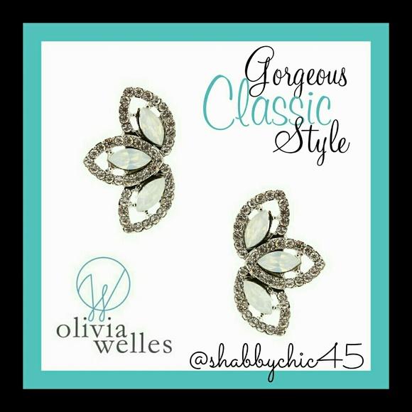 Olivia Welles  Jewelry - Olivia Welles Dana Trio Stud Earrings