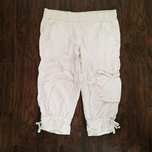 Motherhood Pants - Motherhood white cargo capris L Large