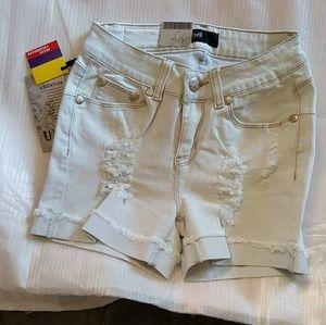 Boutique  Pants - 💙New Light Blue Distressed Denim Shorts