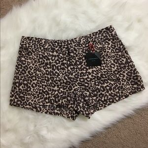 Cynthia Rowley. Linen, leopard print shorts