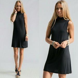 Dresses & Skirts - ✨2XHP✨ MOCK NECK SLEEVELESS DRESS BLACK SIZE SML
