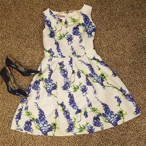 Mint Pear Beauty Dresses & Skirts - Floral Dress