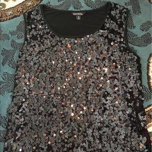Black shiny tank top