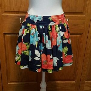 NWOT Hollister Hawaiian Print Mini Skirt