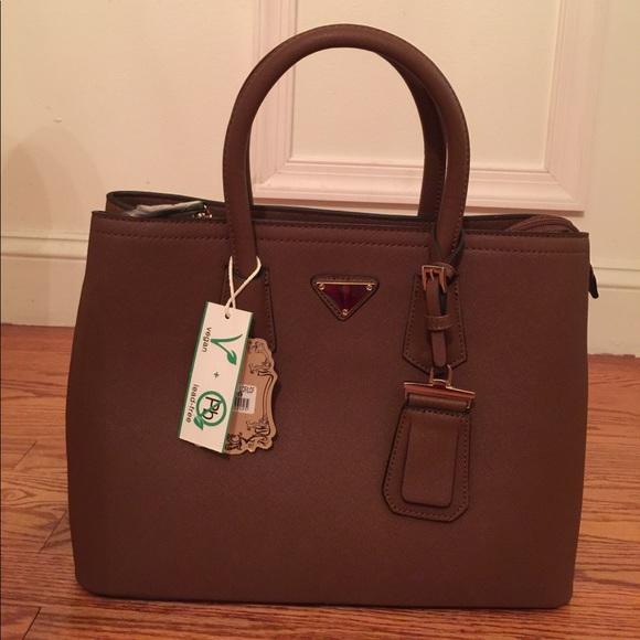 5c7cc560c Alyssa Bags | Brown Faux Leather Handbagpurse | Poshmark