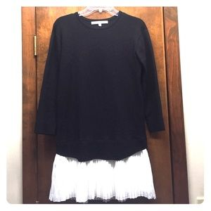 English Factory Dresses & Skirts - English Factory sweater/tunic with ruffles