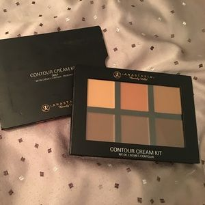 Anastasia Beverly Hills Other - ABH Cream Contour Kit