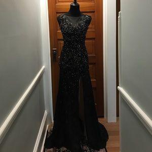 Mori Lee Dresses & Skirts - Lace sequin prom dress