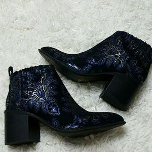 Jeffrey Campbell Shoes - NEW Jeffrey Campbell Viggo Brocade Booties 7