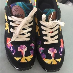inkkas Shoes - Floral Joggers