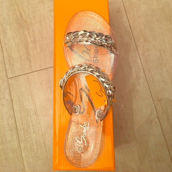 16e9b085b Rubber bottom silver chain linked flip flop