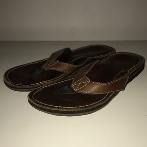 clarks roxanna flip flops black