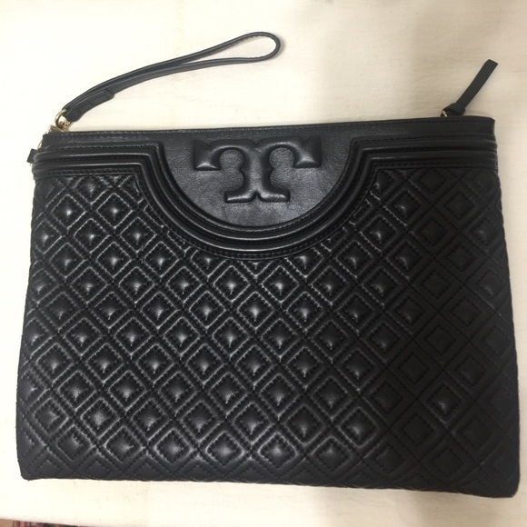 4ff62e5dfa5 Sale ✅ Tory Burch Fleming Large Zipper Pouch. M 58fc3cc44e8d17bffc0d3fc8