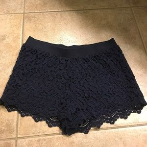 Lilly Pulitzer lace short