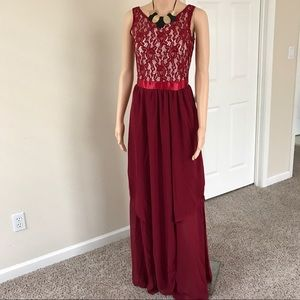 Dresses & Skirts - Red Full-length Lace Maxi Dress S