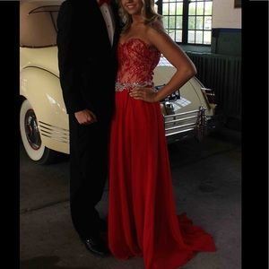 Mori Lee Dresses & Skirts - Size 7/8 Red lace long prom strapless dress