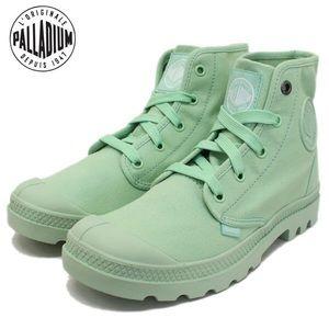 Palladium Shoes - Palladium Canvas Boots in Mint