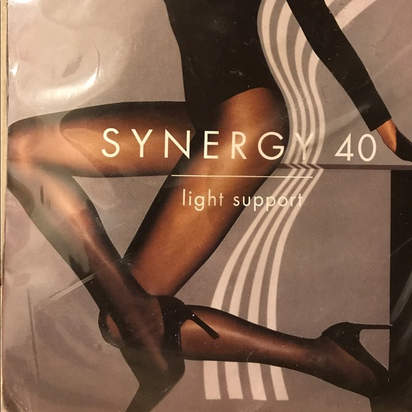 Wolford synergy 40 light support pantyhose 525f9686017