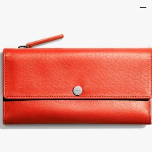 Shinola Accessories - Brand new shinola wallet