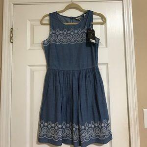 Jack Wills Dresses & Skirts - Jack Wills Chambray eyelet dress