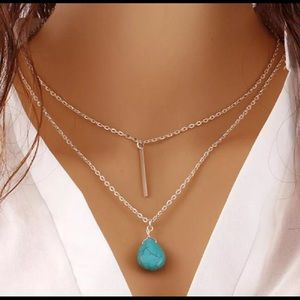 Jewelry - 🎉host Pick🎉Turquoise and Silver layer necklace