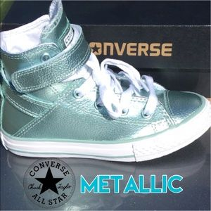 Converse Other - New Converse Girls Metallic Sneaker