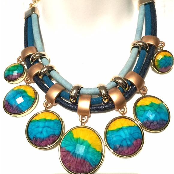 Jewelry - Colorful Bib Statement Necklace