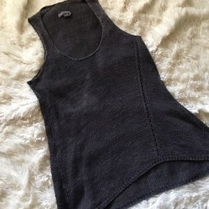 Vince Tops - Vince charcoal gray knit tank top