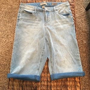 American Vintage Pants - Vintage America faded wash stretch Jean shorts
