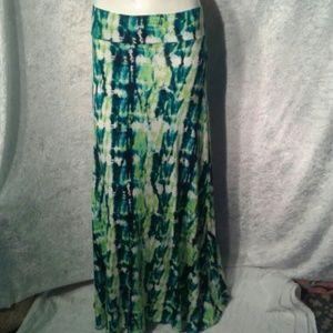 Doublju Dresses & Skirts - Green vertical tie dye maxi skirt NWOT